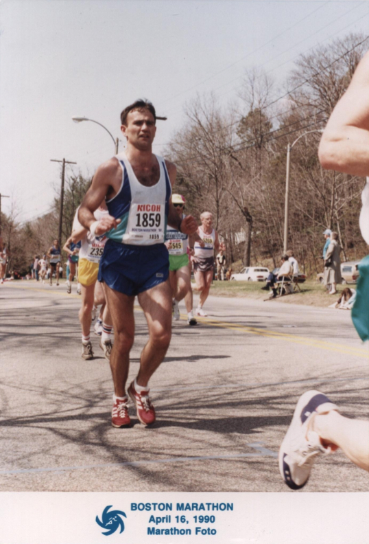 1990, Boston Marathon, &ldquoHeartbreak Hill&rdquo, &ldquoOn the road, again&rdquo . . . five weeks after bilateral hamstring tears, clocking a great time of 2:06 .. . just to get to the starting line!